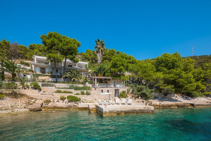 Luxury Villa Anemos with private pool at the beach in Hvar