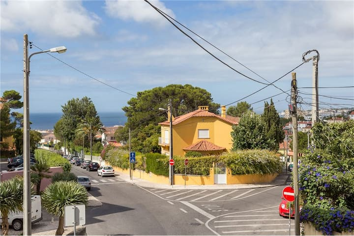 Sunny cozy apt close to the beach with sea view! - Estoril - Pis