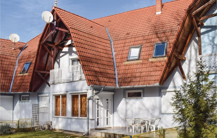 Holiday apartment with 3 bedrooms on 75m² in Balatonföldvár