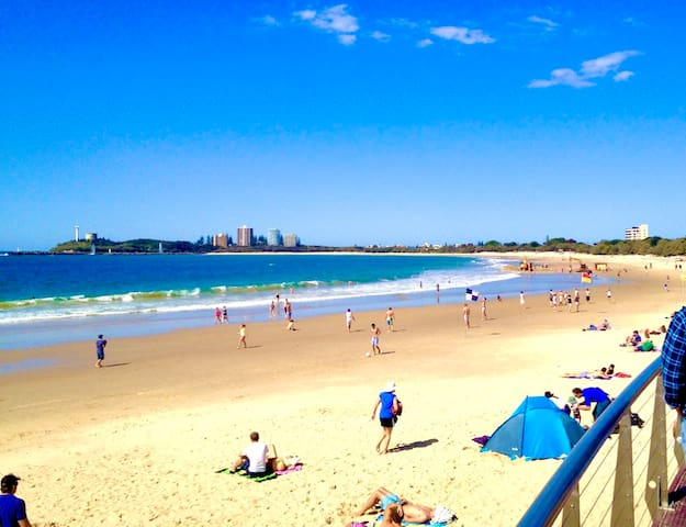 Magnificent Mooloolaba incl continental breakfast!