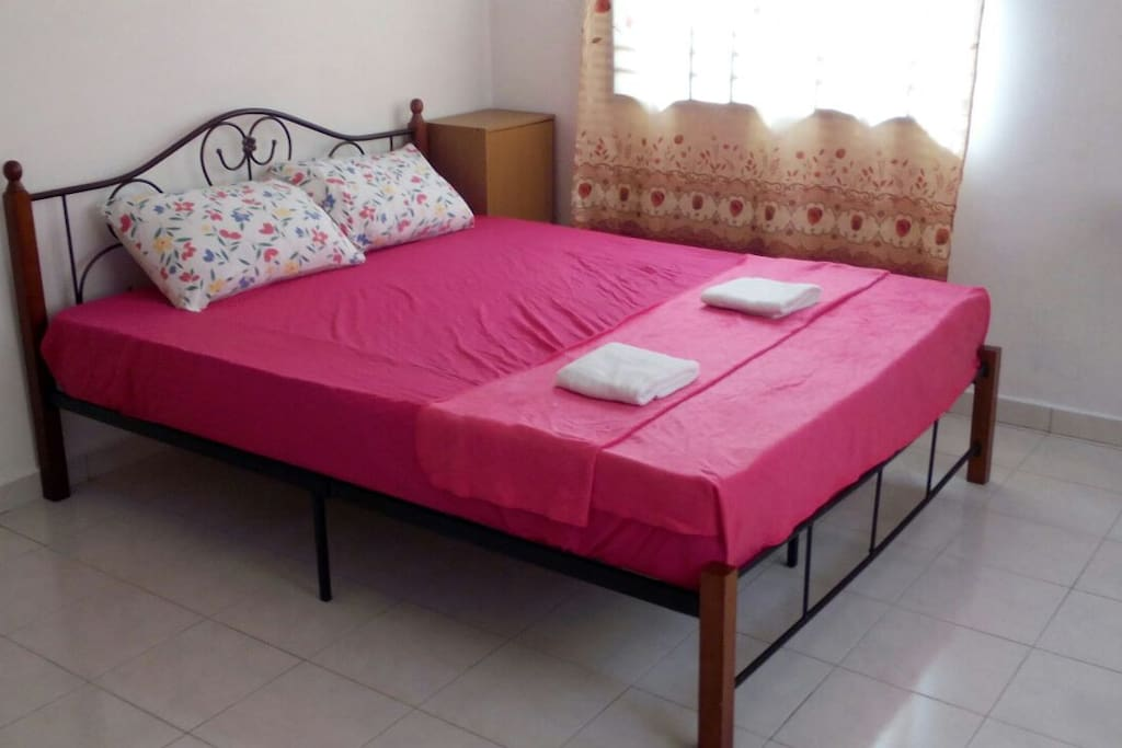 Bedroom 1 @ upstair