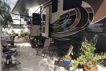 Rv lot at Big Pine Key Florida - Big Pine Key - Karavan