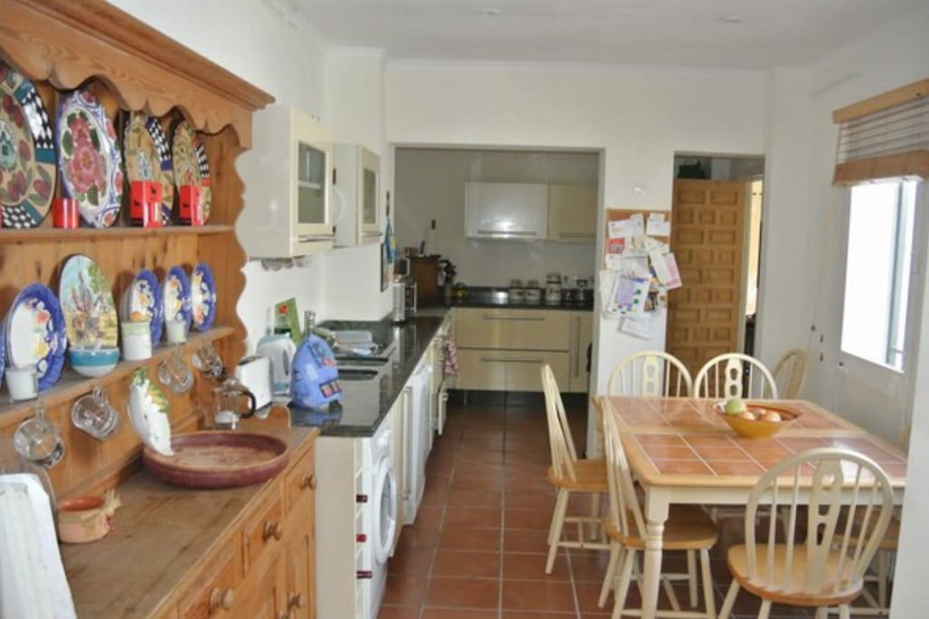 Sizeable kitchen and eating area equipped with modern amenities