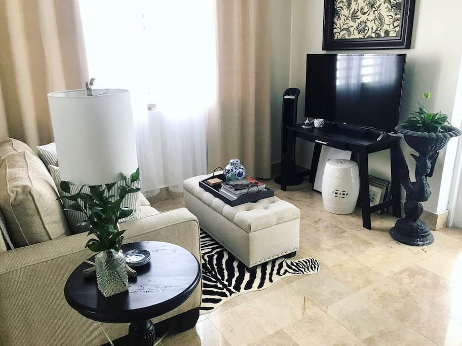 """LIVING ROOM """"Wow. Wow. Wow. Wow. Just wow. If the other reviews haven't convinced you, this is the best host you'll stay with on Airbnb."""" -Val"""