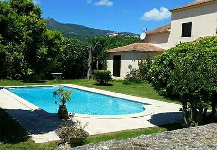 Charmant appartement haut de villa - Lucciana - Appartement