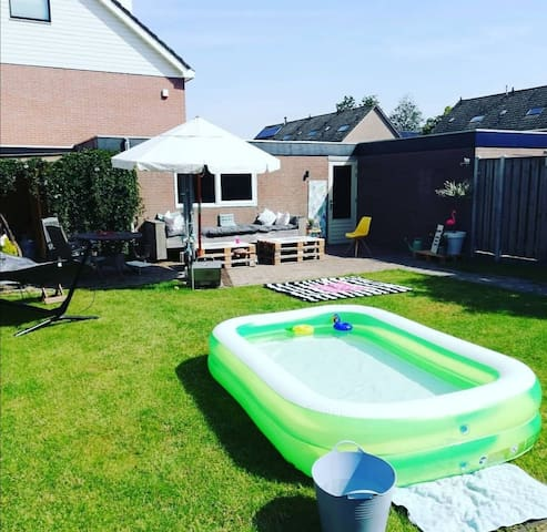 Gezinshuis in Zeeland met ruime tuin