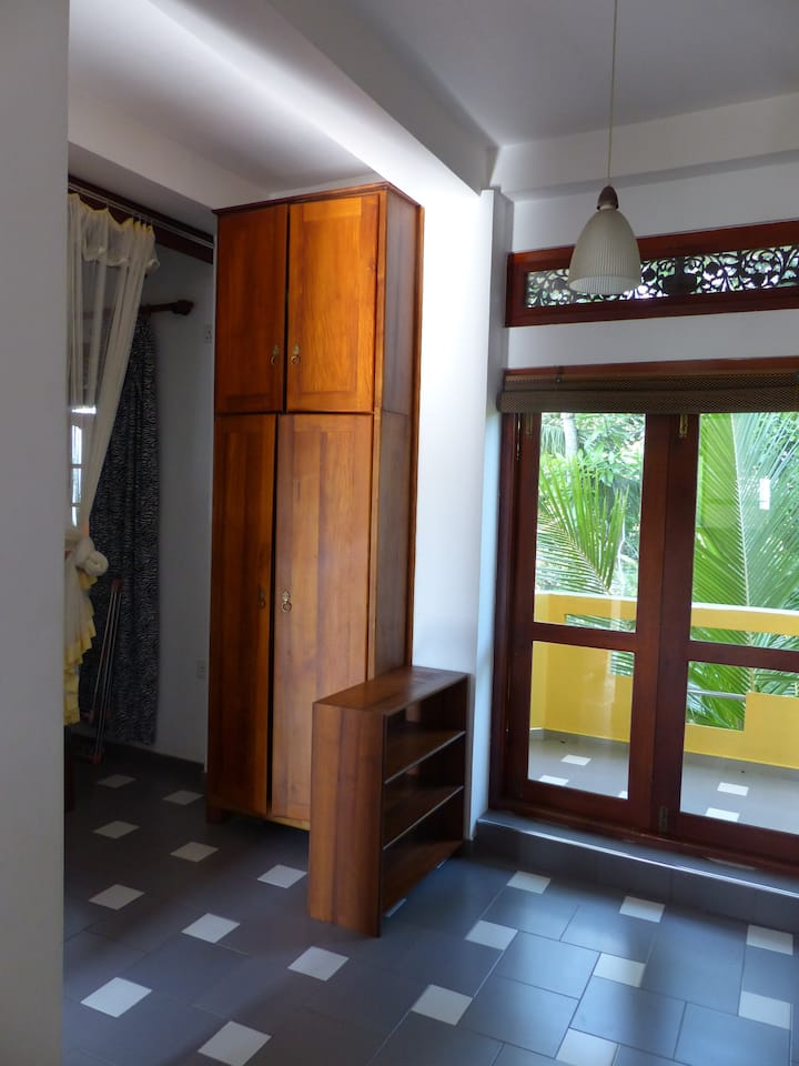 Studio with 2 balconies