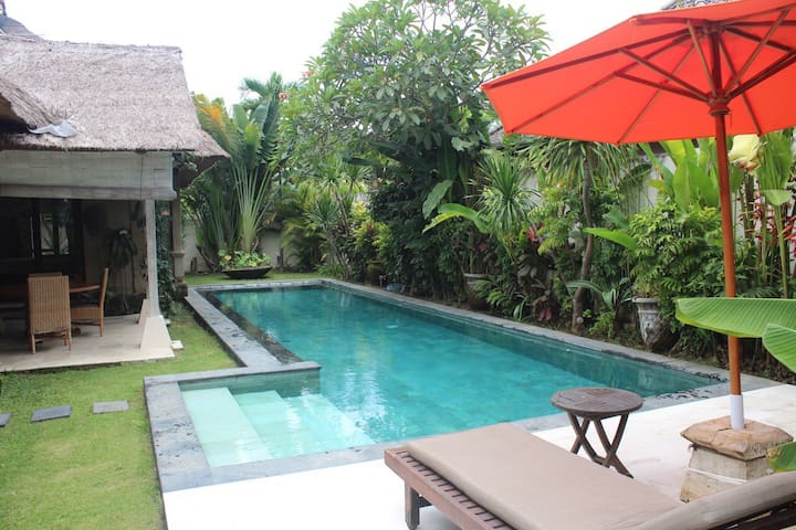 Palem Villa  Sanur with huge pool