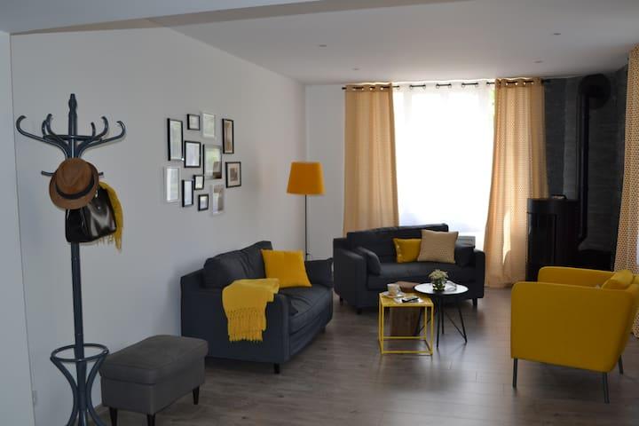 Gîte au coeur de la campagne bressane - Jayat - Apartemen