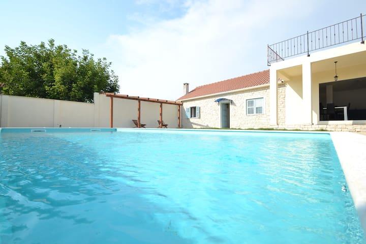 Villa Pistan - Murvica - Casa