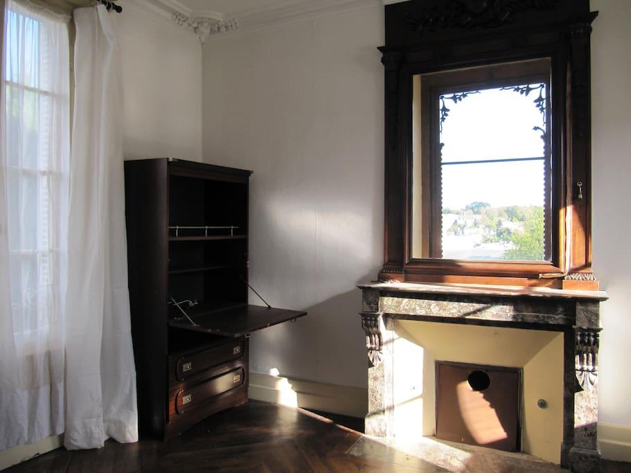 Bureau de la chambre