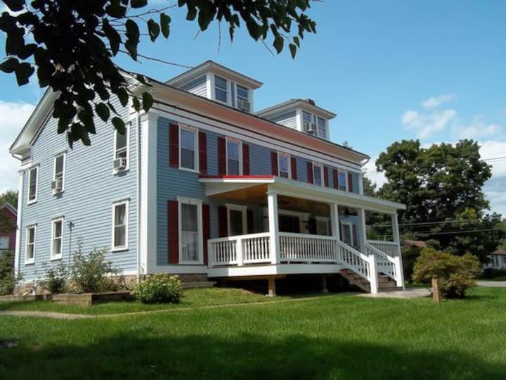 The Pear Tree Room @ The Tin Brook Bed & Breakfast