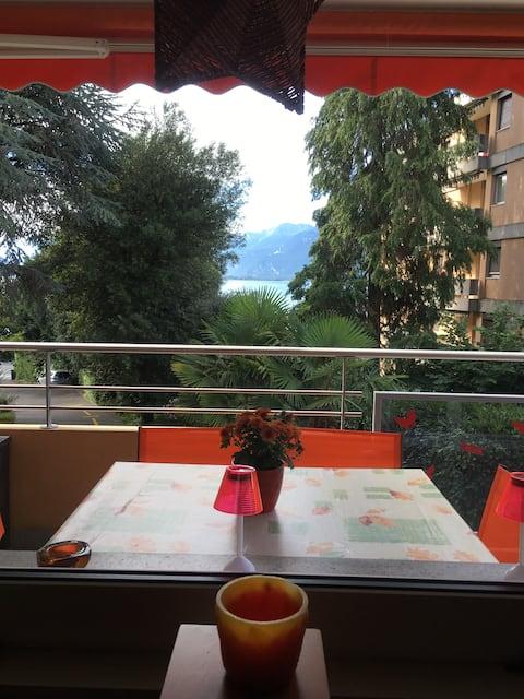 Appartement à Montreux avec balcon face au lac