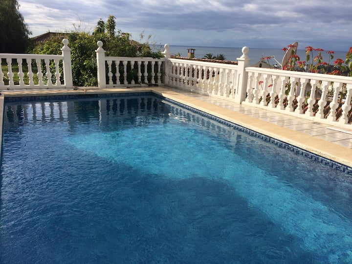 Villa with Private Pool and Gorgeous Vieuw ✔✔