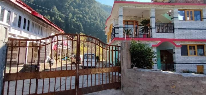 2 Bedroom   Forest   ancient temple   peace&Yoga