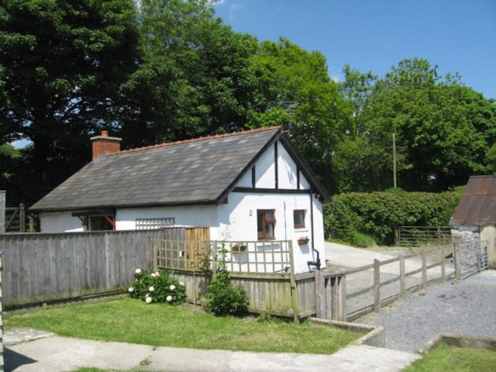 Authentic 19th century Welsh Country Cottage