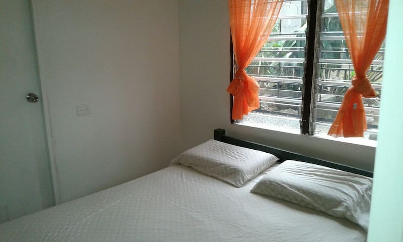 Cómoda habitación para dos personas - Cartagena - Casa