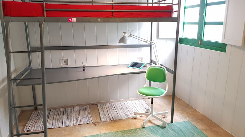 Dormitorio 2 (litera)