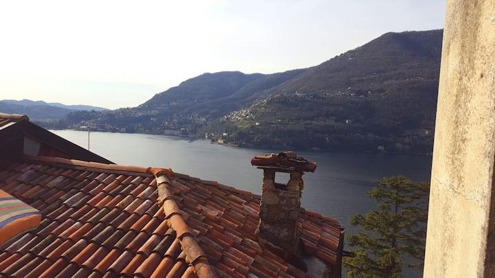 Sweet home on the Lake of Como