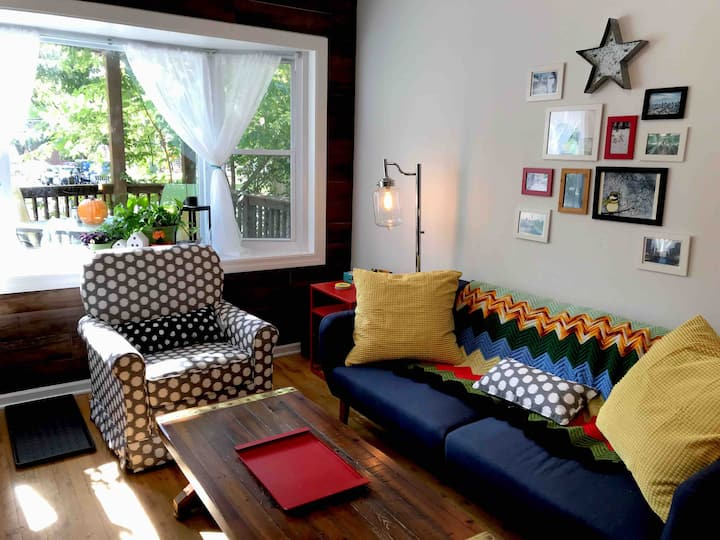 Bright family-friendly Lincoln Square 2-bed 1-bath