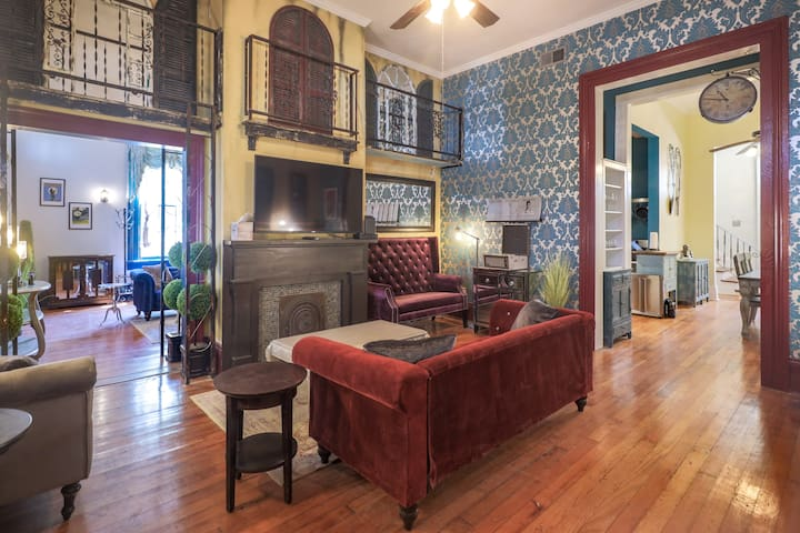 The Ragtime Royale | 5 BR Garden District Villa - 15% Back To School Discount