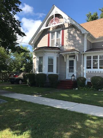 Elgin Guest House