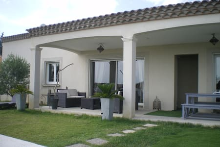 Grande villa familliale entre mer et montagne - Murviel-lès-Béziers - Villa