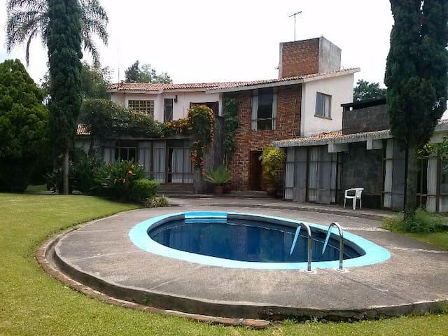 Casa estilo Mexicano, hermosa vista - Tepoztlán - Casa