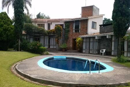 Casa estilo Mexicano, hermosa vista - Tepoztlán