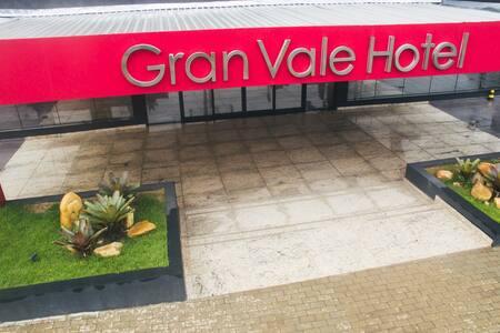 SUMMIT GRANVALE HOTEL