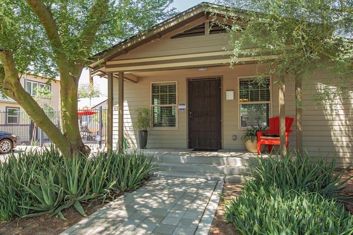 Downtown Phoenix ☀ Comfort ✔ Style ✔ Location ✔