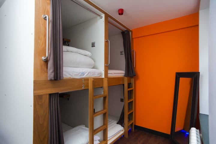 CoDE Pod Hostels-The LoFT (Female only 4 bed dorm)