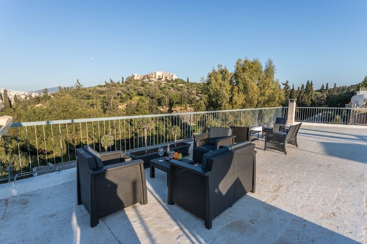 Luxury home with breathtaking view under Acropolis