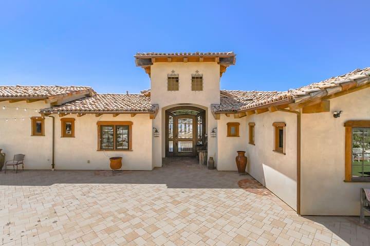 California style Hacienda. Overlooks entire city
