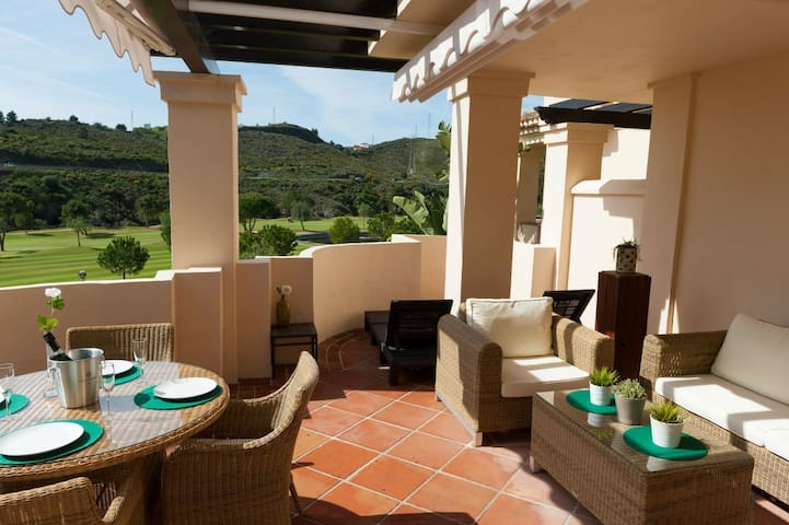 Lovely and Sunny 2 Bed Apt  - Capanes del Golf