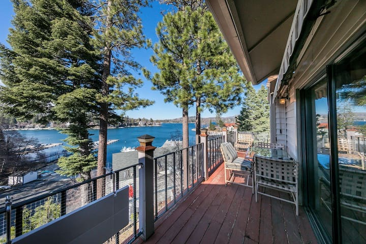 Casa Del Lago! 🌲 (Lake Arrowhead Village Condo)