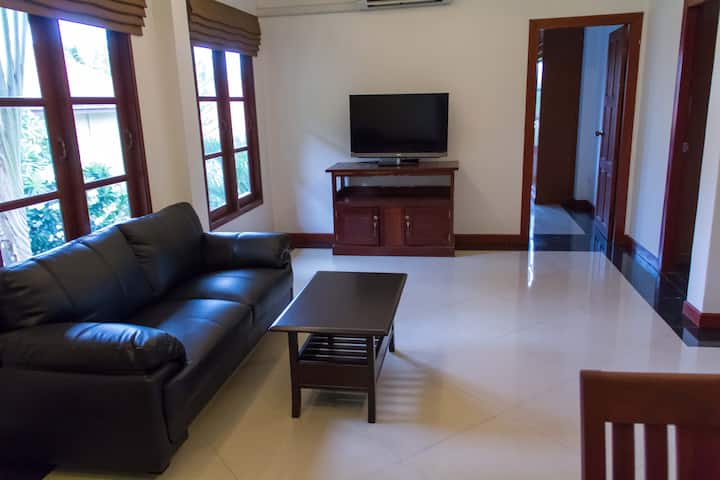 Green Life 2-bed Apartments 2-nd floor Deluxe a