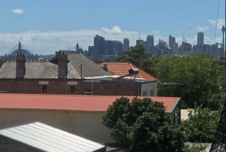 2-bedroom fully furnished apartment in Leichhardt