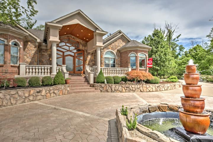 Cincinnati Home w/Heated Pool, Spa & Bar!