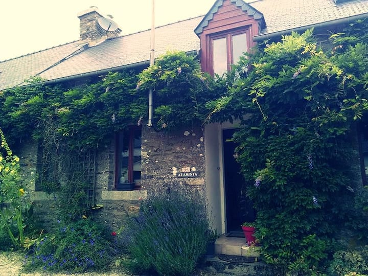 Longère avec jardin - Attractive country house