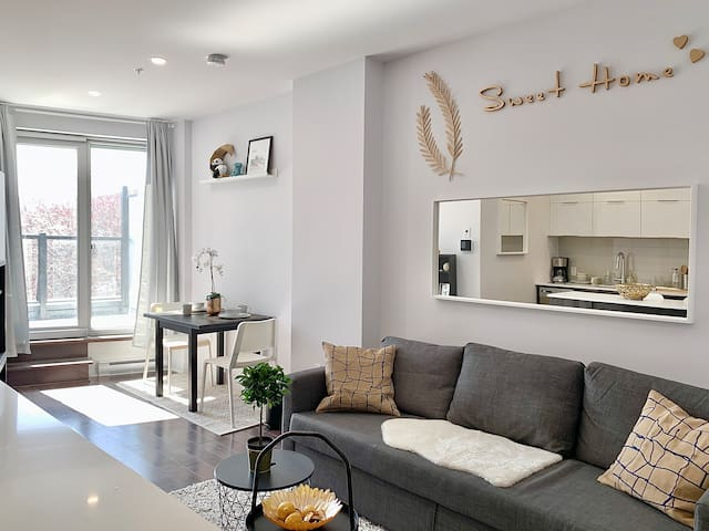 ️New and Super Well-Located Condo️