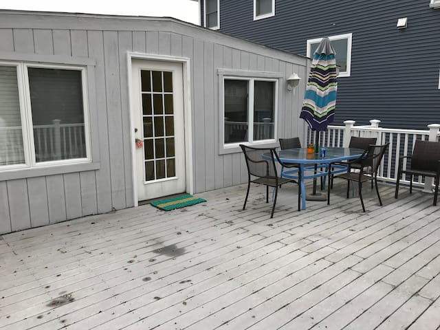 Beach Block Haven (WINTER RENTAL)