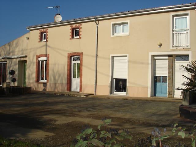 Gîte de campagne à proximité de la Loire - Saint-Laurent-du-Mottay - Διαμέρισμα