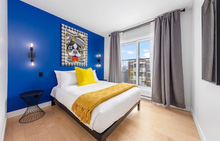 Originally designed 2 bedroom apt with comfortable beds