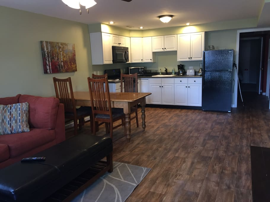 Cozy apartment across the road from emu apartments for rent in harrisonburg virginia united for 2 bedroom apartments harrisonburg va