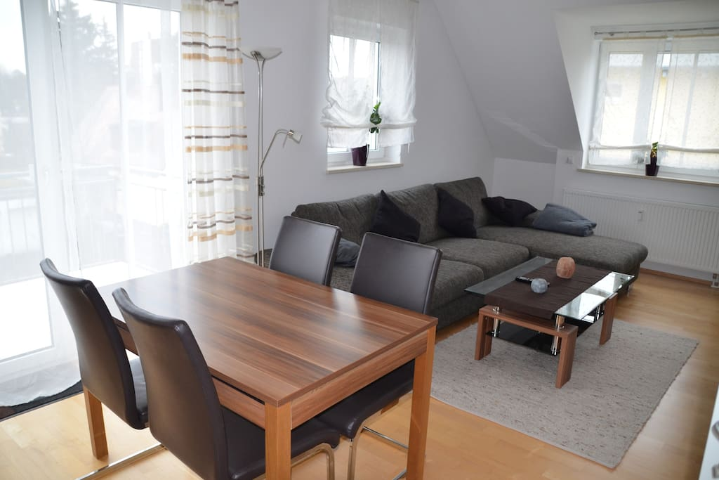 moderne wohnung in m nchens norden wohnungen zur miete. Black Bedroom Furniture Sets. Home Design Ideas
