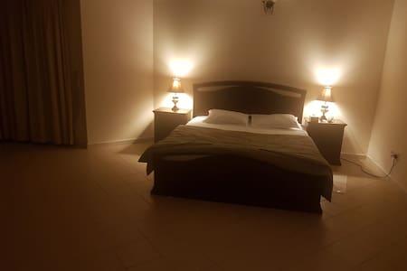 Room In Bahrain, Juffair