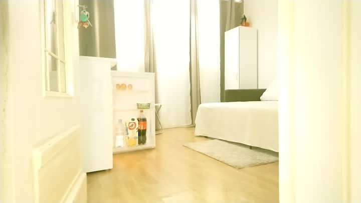 Chambre tres agréable ideal pour votre sejour.