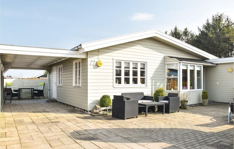 Holiday cottage with 3 bedrooms on 65m² in Otterup