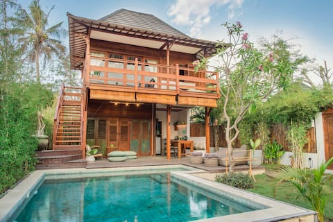 Villa Kayu - 2 Beds, Pool & Garden @ Rimba Villas